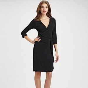 Diane Von Furstenberg Size 14 Julian Wrap Dress